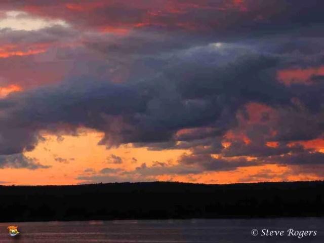 sunset104