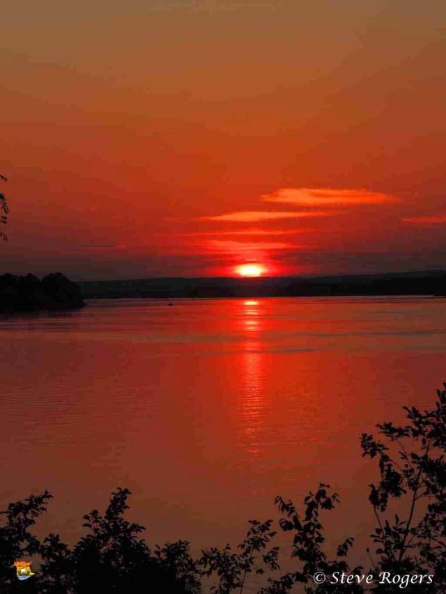 Delta sunset 11