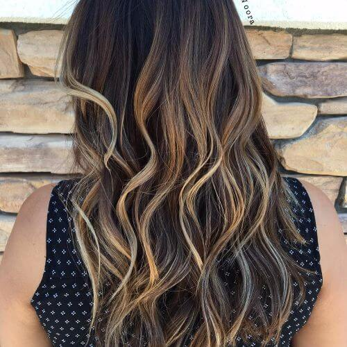 blonde highlights on long wavy brown hair