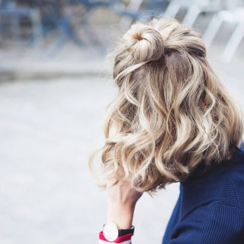 Short Wavy Blonde Hair hairstyles for curly hair