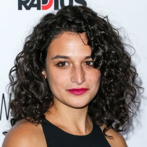 jenny slate hairstyles for curly hair