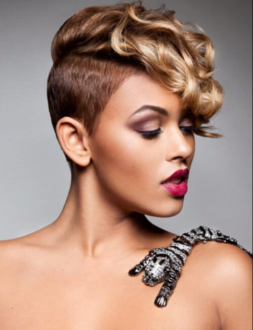 Elegant Shaved Sides Short Hairstyles For Black Women