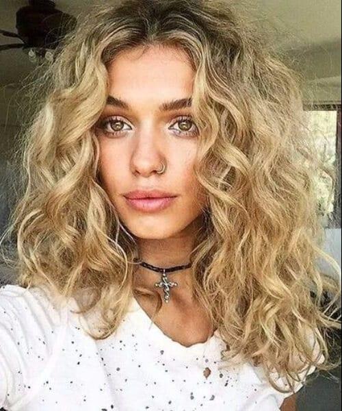 length blonde curly hair Shoulder