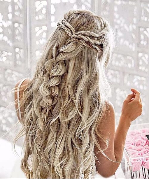 dirty blonde homecoming hairstyles