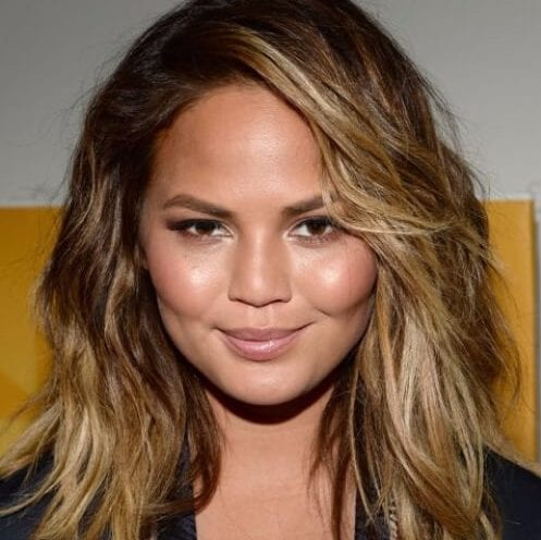 chrissy teigen haircuts for round faces