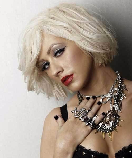 christina aguilera short blonde hair