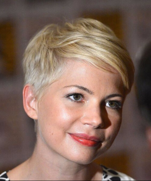 michelle williams haircuts for round faces