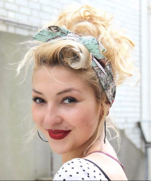 lazy holiday pin up hairstyles