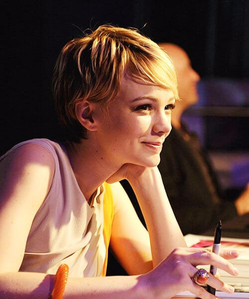 carey mulligan long pixie cut