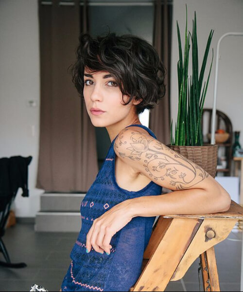 face-flattering long pixie