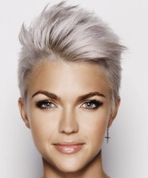short and spiky hairstyles for thin hair