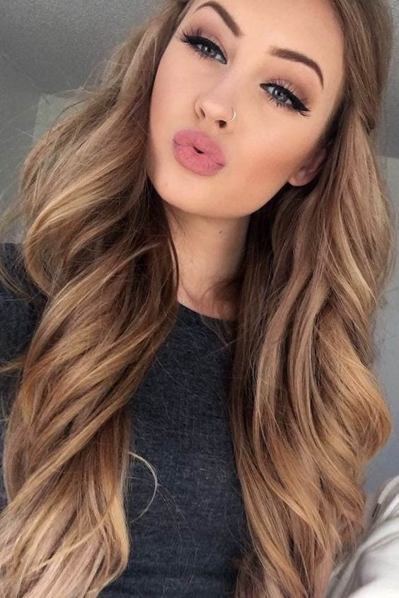 baby doll brown hair with blonde highlights
