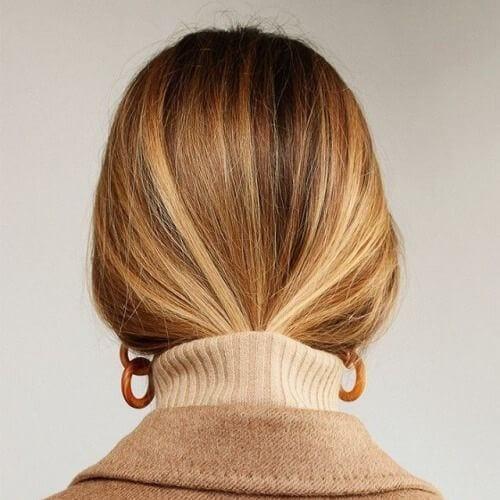 elegant brown hair with blonde highlights