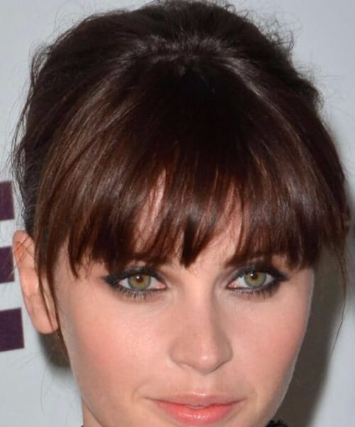 felicity jones hairstyles with bangs