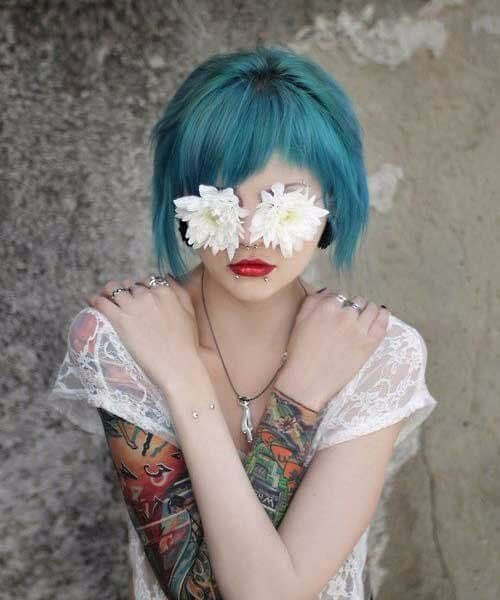 short bob side bangs teal hair color