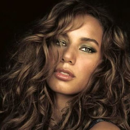 leona lewis long curly hairstyles