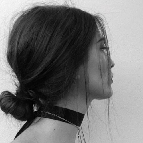 Recta y deshacer moño bajo peinados para cabello lacio