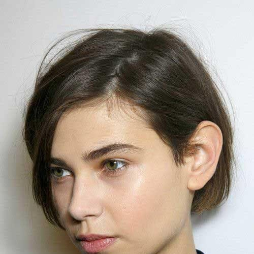 simple short haircuts for straight hair