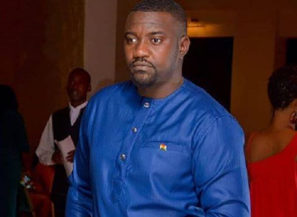 """This is not at all like me"" – John Dumelo apologises to KNUST graduate breadseller"
