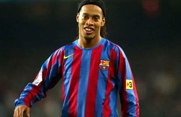 Ronaldinho returns to Barcelona as ambassador