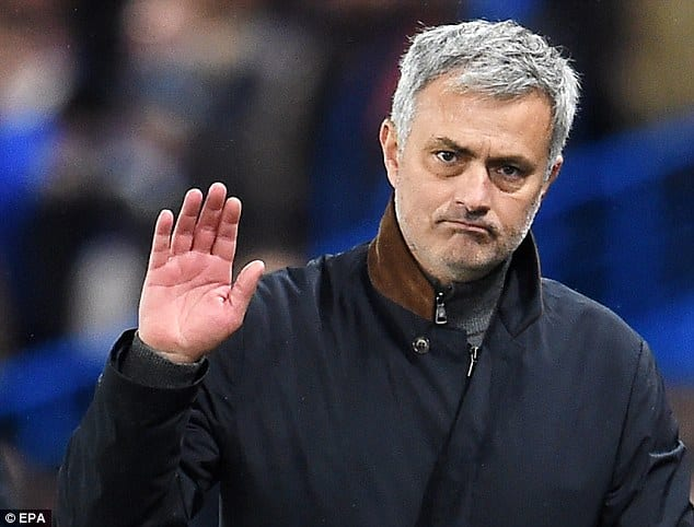 """""""You're not special anymore!"""" Chelsea fans to Jose Mourinho"""