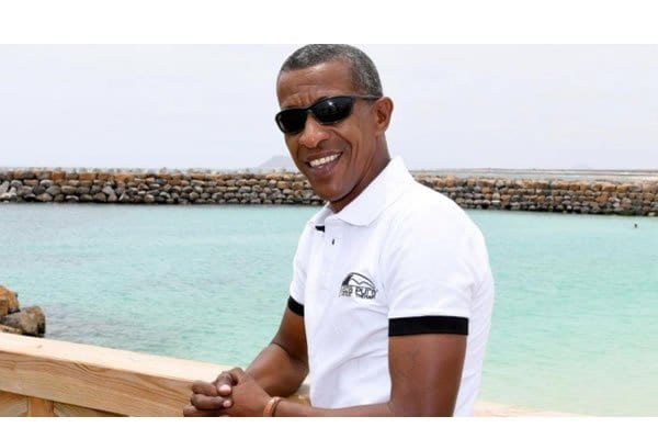 PHOTOS: Obama lookalike pops up in Cape Verde