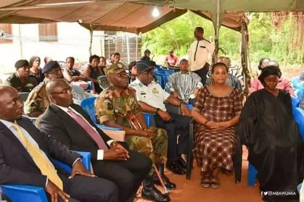 PHOTOS:Bawumia Visits Captain Mahama's Family