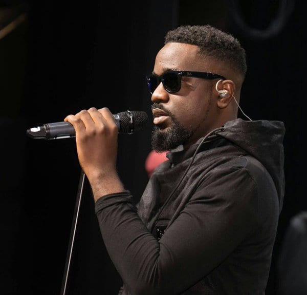 AUDIO: Sarkodie features Ebony on new song
