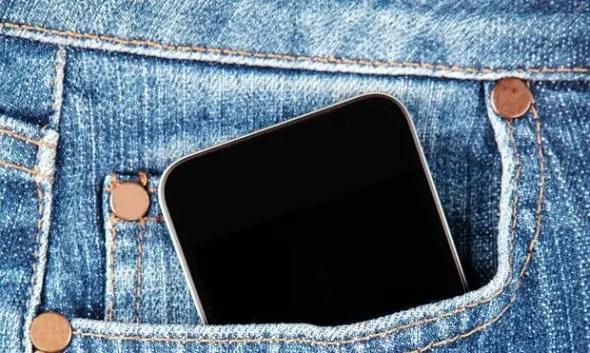 Alert! Men who put phones in their pocket destroy their sperm – study shows