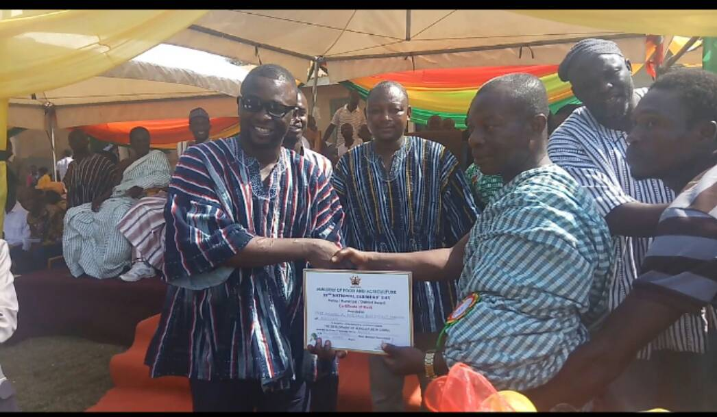 Former UEW Vice Chancellor wins Techiman North district best farmer award