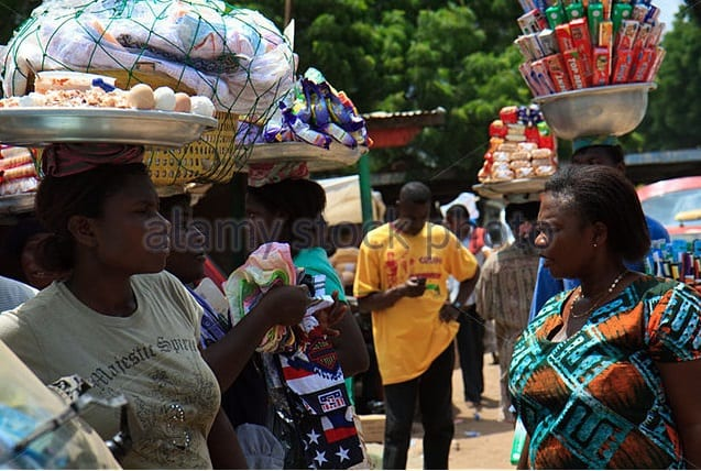 300,000 hawkers to be cleared from streets of Accra