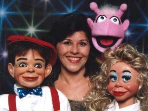 Ventriloquist Brenda Stelzer