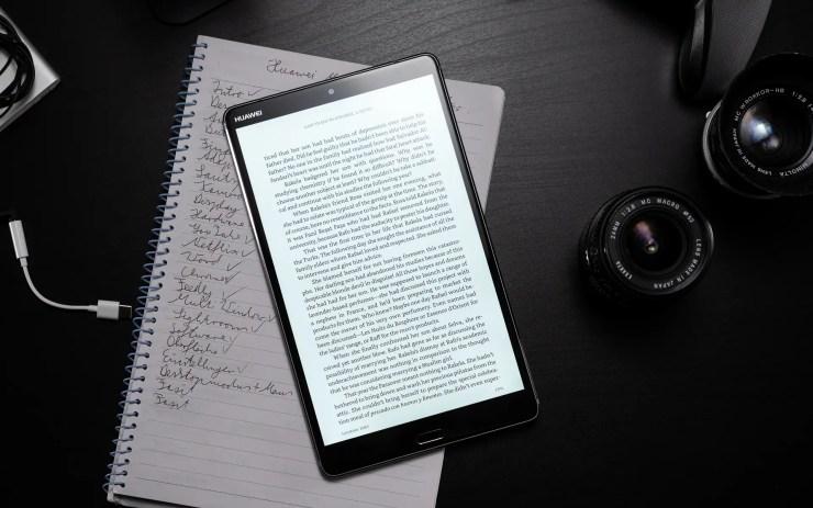 Huawei MediaPad M5 8 with Kindle App