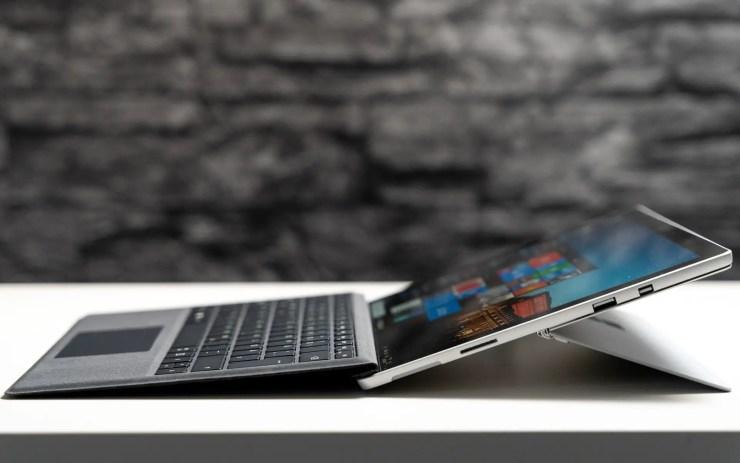 Microsoft Surface Pro 6 ports
