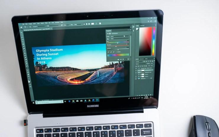 Alldocube KBook con Photoshop