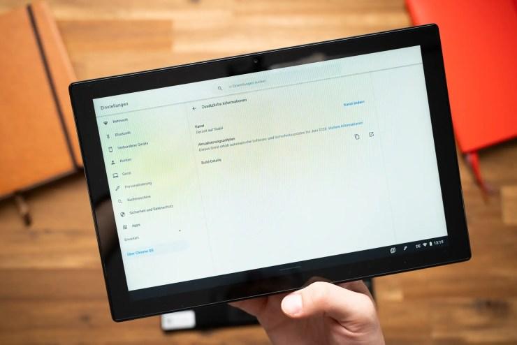 ASUS Chromebook CM3 Chrome OS