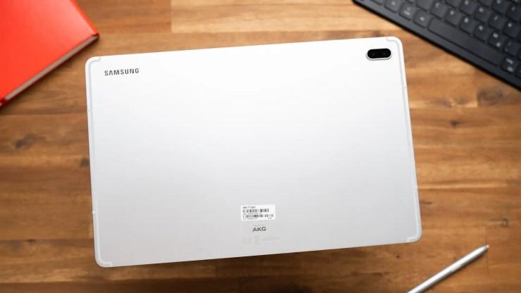 Samsung Galaxy Tab S7 FE design