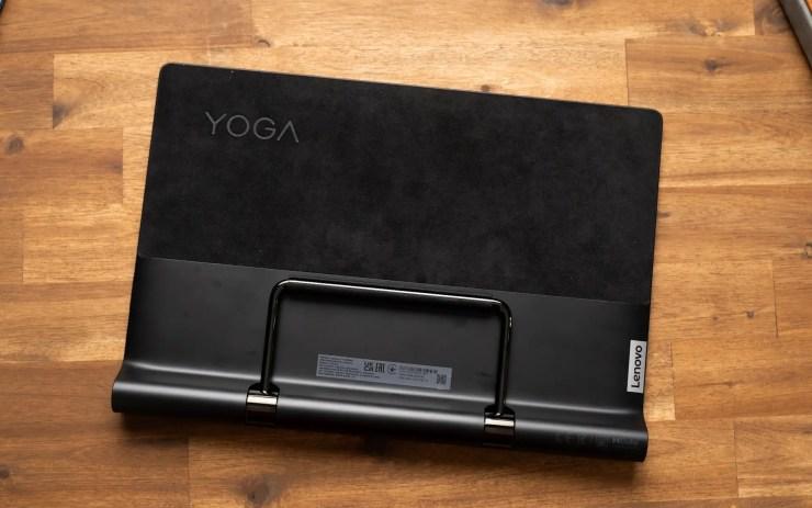 Lenovo Yoga Tab 13 design