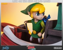 the_legend_of_zelda_link_on_king_of_red_lions_statue_10
