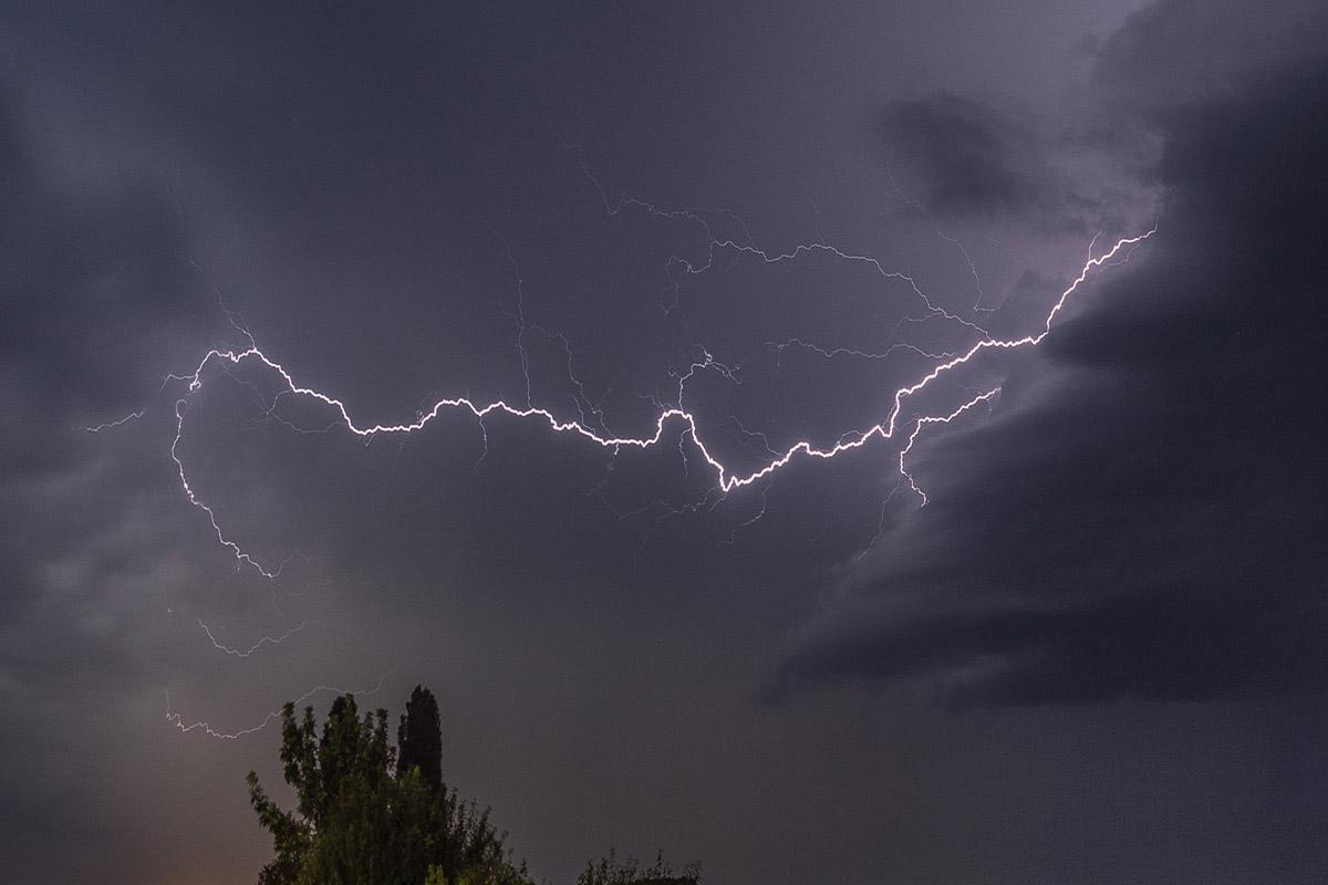 Raindrops Falling From The Sky Wallpaper Thunder Amp Rain Mynoise The Best Online Noise Machines