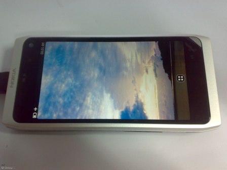 meego-Nokia-N9-2