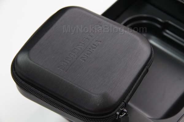 Nokia Purity HD Monster Cyan(11)