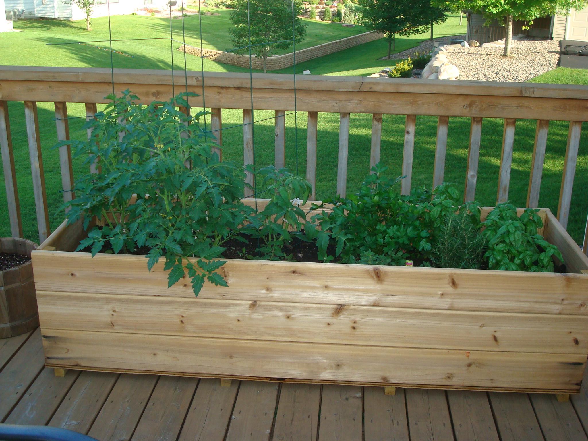 Deck Gardens Garden Design Garden Design With Container Gardens