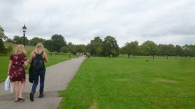 """Hiking"" Primrose hill"
