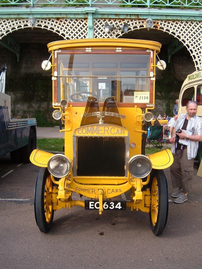 medium resolution of 02 1907 commer bus reg ec 634 1907
