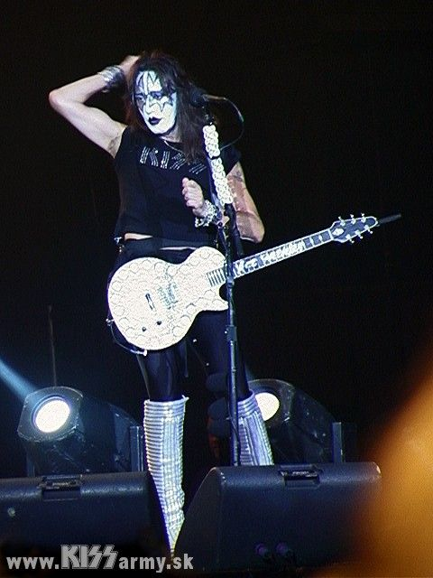 ace frehley kiss es his house goodbye in more ways than onebrian mccaffrey attorney at law p c. Black Bedroom Furniture Sets. Home Design Ideas