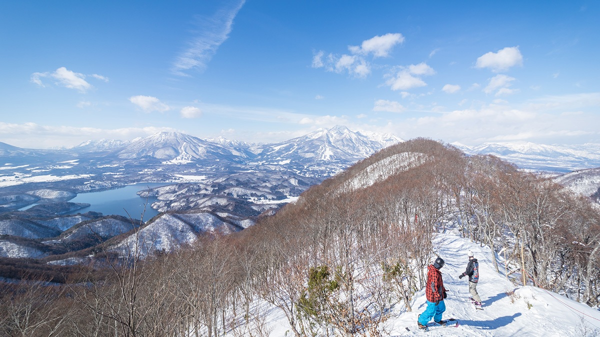 Res-Gal-5-1200wx675h The Resort & Lift Tickets