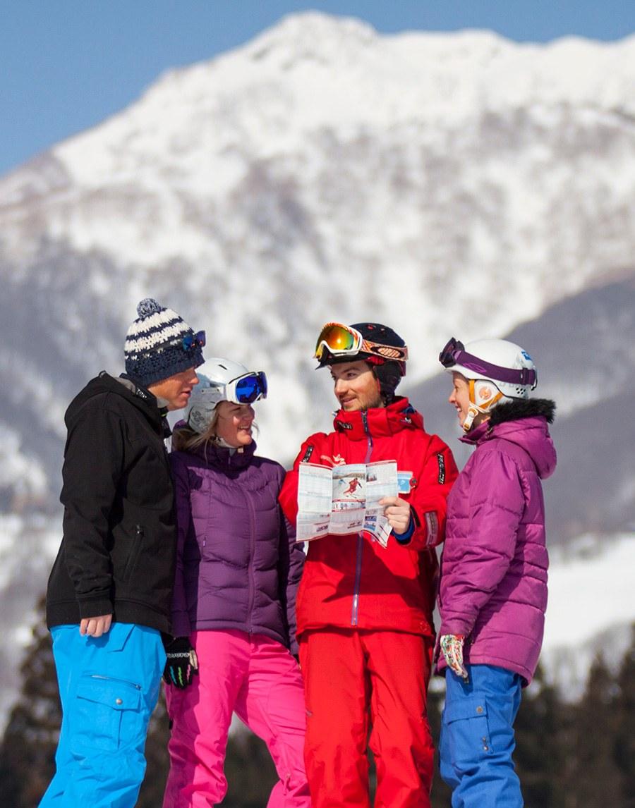 S4-SB-FAQ-900w-x-1146h-300wx382h Adult (15+) Super 4 Snowboard - Group Lessons