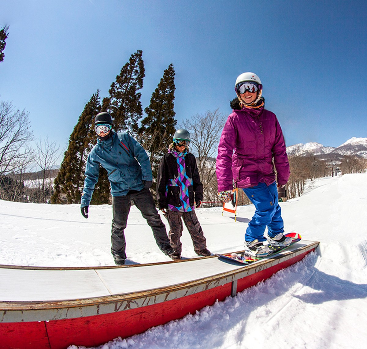 S4-SB-Times-1200w-x-1140w-400wx380h Adult (15+) Super 4 Snowboard - Group Lessons