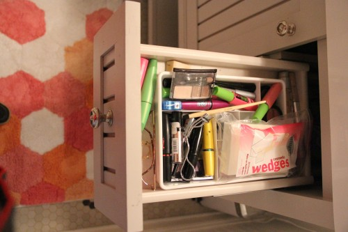WE PUT A SILVERWARE DIVIDER IN PHOEBE'S DRAWERS FOR HER MAKEUP COLLECTION...AND IT IS A COLLECTION!